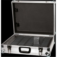 Charging flightcase for up to