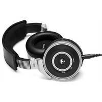 The ¿AKG by TIËSTO¿ range of h