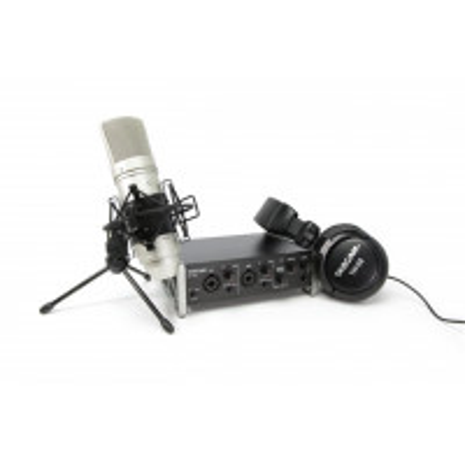 TASCAM US-2X2TP Tascam Trackpack 2x2 Complete Recording Bundle